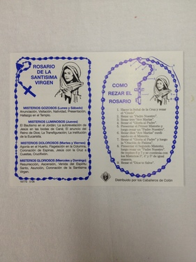 Photo of HOW TO SAY THE ROSARY BIFOLD IN SPANISH.  CREDIT CARD SIZE PSRS